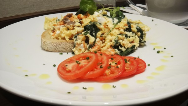 Smoked Salmon Scrambled Eggs ($17.50)