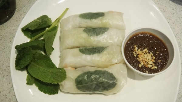 Rice Paper Roll - Pork + Prawn ($8)